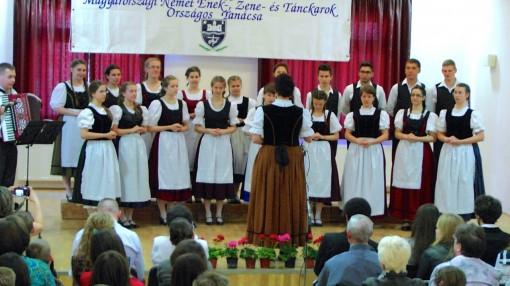 Chor des Deutschen Nationalitätengymnasiums des XX. Bezirks aus Budapest