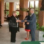 Englenderné Hock Ibolya megkapta a Bonis Bona elismerést / Ibolya Englender-Hock erhielt die Auszeichnung Bonis Bona (Foto: Mária Klotz)