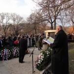 Kranzniederlegung am Landesdenkmal der Vertreibung der Ungarndeutschen im alten Friedhof von Wudersch