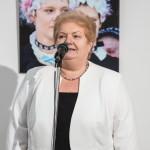 Englenderné Hock Ibolya (MNOÖ-elnök) gratulált a Zentrum munkatársainak / Ibolya Hock-Englender (Vorsitzende der LdU) gratulierte dem Zentrum-Team