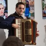 Kéméndi Tamás harmonikaművész elkápráztatta a közönséget / Tamás Kéméndis Darbietung war überwältigend
