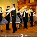 A Fünfkirchen-Leőwey Táncegyüttes / Die Fünfkirchen-Leőwey Tanzgruppe (Fotó: Hubay József)