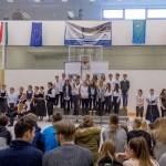 Empfangsfest in der Sporthalle/ A batyu fogadási ünnepsége az iskola tornatermében