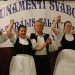 A Soroksári Német Nemzetiségi Tánc Egyesület fellépése / Auftritt des Ungarndeutschen Tanzvereins von Schorokschar