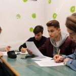 Die SchülerInnen beschäftigten sich anhand unterschiedlicher  Gesichtspunkten mit dem Thema Vertreibung