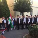 Az ünnepi felvonulást a taksonyi táncosok vezették / Der Festzug wurde von den Takser Tänzern geführt