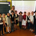 TrachtTag in der Klasse 2b der Innerstädtischen Schule Fünfkirchen/Pécs (Zugeschickt von: Viktória Kleics-Wunderlich)