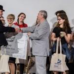Az ajándékok átadása / Die Übergabe der Geschenke