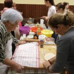 """""""Großmutters Küche"""" in Nadasch - Es wurde ein Schaubacken für Backlustige veranstaltet"""