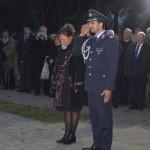 Koszorúzás a pécsi katonatemetőben / Kranzniederlegung auf dem Soldatenfriedhof in Fünfkirchen