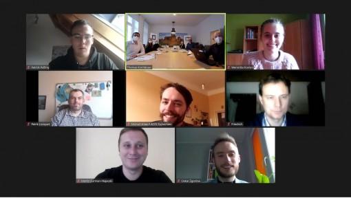 Das erste Online-Treffen fand am 13. Dezember statt (1)