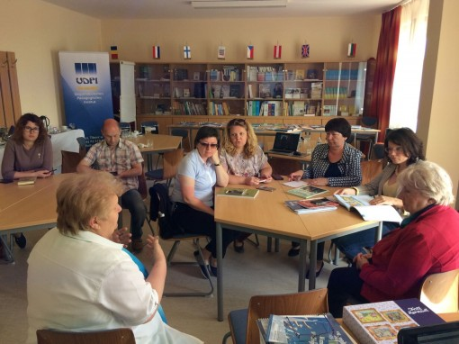 Delegation_beim_Gesprach_im_Valeria-Koch-Bildungszentrum