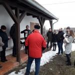 Die Wemender singen vor dem Heimatmuseum von Trautsondorf (Foto: Martin Surman-Majeczki)