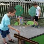Die Kleinen konnten auch unterschiedliche Spielzeuge ausprobieren / A kicsik különböző játékokat is kipróbálhattak