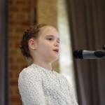 Emma Koczor, Gewinnerin der Kategorie Mundart - Klasse 1-2