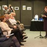 Zentrum-Direktorin Monika Ambach moderierte die Veranstaltung / Ambach Mónika, a Zentrum igazgatója vezette a műsort