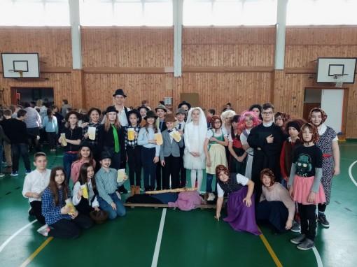 Faschingsfest in der Deutschen Nationalitätenschule Ödenburg/Sopron