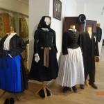 A nagynyárádi helytörténeti gyűjteményben / In der ortsgeschichtlichen Sammlung von Großnaarad