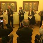 Hajoscher Harmonikaspieler leiteten den Abend ein / Hajósi harmonikások vezették fel az estet
