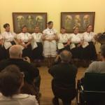 Chor der Kindergärtnerinnen / Óvónők kórusa
