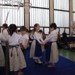Az első osztályosok fellépése / Tanzauftritt der Erstklässler