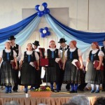 Pusztavám Község Német Nemzetiségi Énekkar / Der Deutsche Nationalitätenchor aus Pußtawam (Fotó: Pats Krisztina)