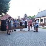 Die Somorer Tanzgruppe eröffnete das Straßenfest
