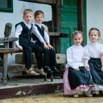 Blumenstrauss Chor: Nachwuchsgruppe Blümchenstrauss aus Harast