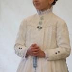 Brigitta Bontye: Mädchen im Erstkommunionskleid