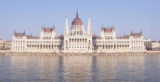 csm_parliament-hungary-3_dee6cd1886