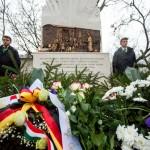 Das Denkmal in Szerencs / A szerencsi emlékmű
