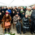 Viele nahmen an der Denkmaleinweihung teil / Sokan vettek részt az emlékműavatáson