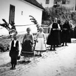 Krisztina Gommermann: Auf dem Weg nach Hause nach der Fronleichnamsprozession