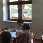 Új melegítőkonyha és menza a Bólyi Általános Iskolában / Neue Schulküche und Mensa in der Bohler Grundschule