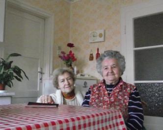 ja-mbor-lujza-mit-nachbarin-160104094442-332x266
