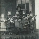 Katalin Stark: Die stolze Großmutter mit ihren fünf Enkelkindern