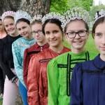 Szilvia Sikos-Varga: Aof t griani Wiesn, Khadi, Mari, Liesl....