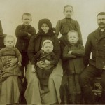 Csilla Kozári-Szám: Josef Szám und seine Familie