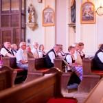 Német nyelvű szentmise a mözsi római katolikus templomban / Heilige Messe in deutscher Sprache in der römisch-katholischen Kirche von Mesch
