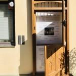 Ungarndeutscher Landeslehrpfad auf dem UBZ-Schulgelände / Az MNÁMK udvarán található az országos magyarországi német tanösvény