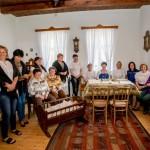 "TrachtTag Tarjánban: Óvónők és tanárnők a szép szobában / TrachtTag in Tarian: Kindergärtnerinnen und Lehrerinnen gemeinsam ""in dö saowöri Stubm""."