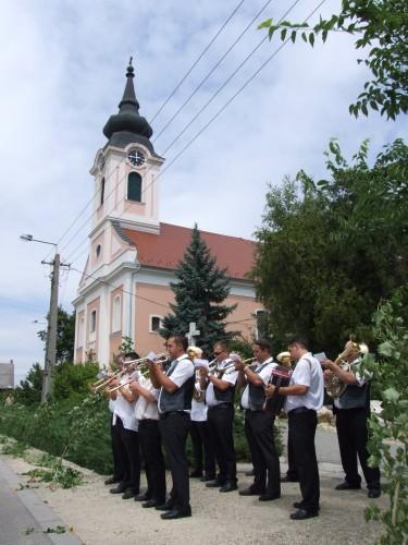 templom zenekar