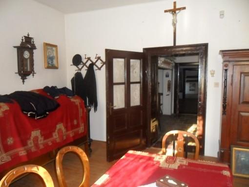 Átjáró a konyhába / Eingang in die Küche