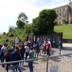 Schülerreferat vor dem Hambacher Schloss